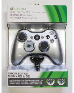 Manette Xbox 360 argent en boîte avec chargeur